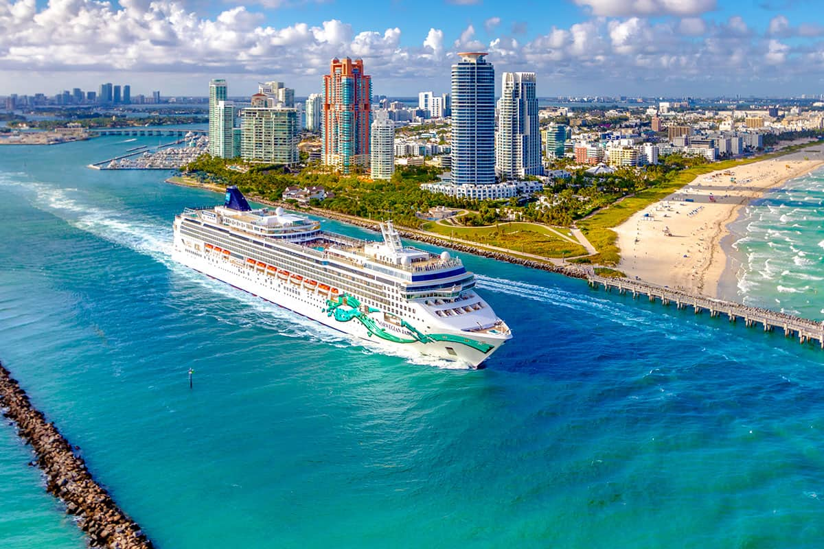 The Best Time to Cruise to The Caribbean