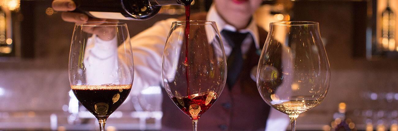 Bar de vinos The Cellars