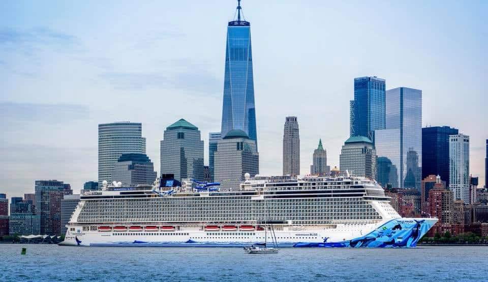 Norwegian Bliss hace su debut en EE. UU. en la ciudad de Nueva York
