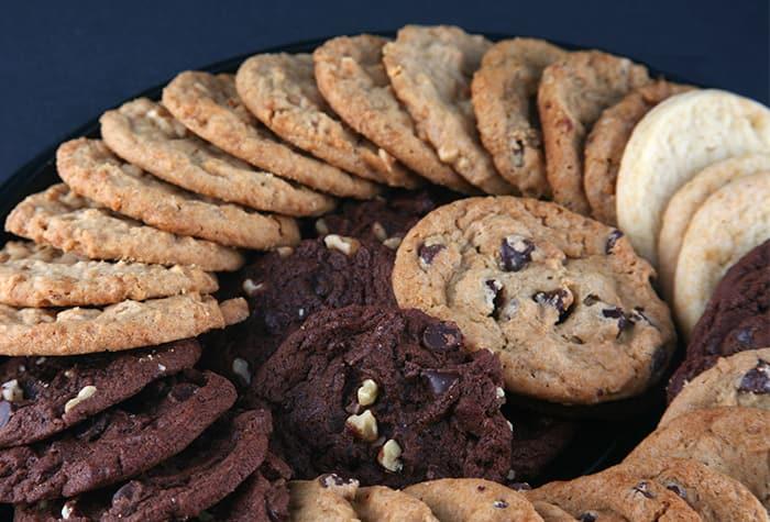 Bandeja grande con variedad de galletas