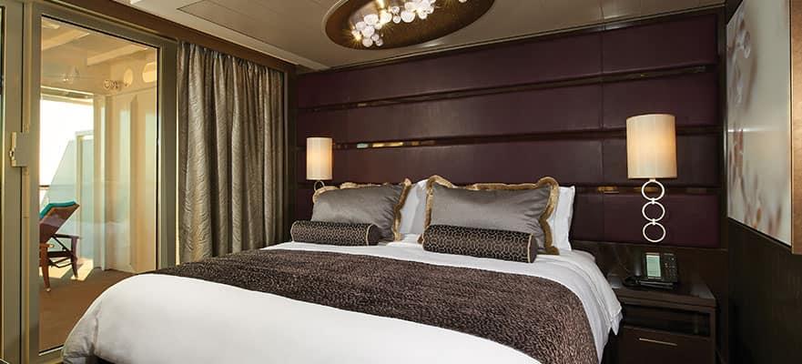 Disfruta de las mejores noches de descanso en alta mar en el dormitorio principal