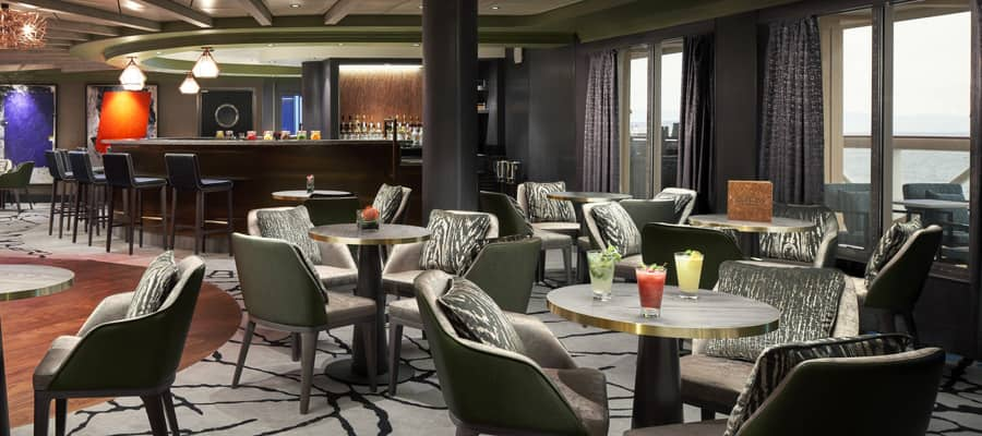 Bar de mojitos Sugarcane en Norwegian Cruise Line
