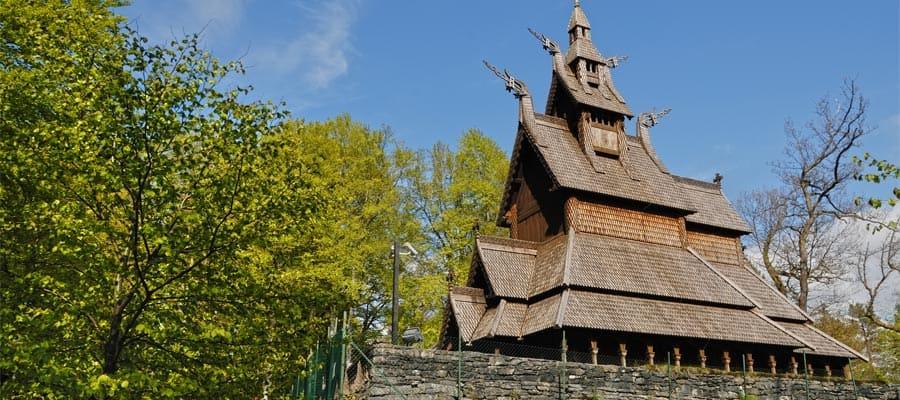 Iglesia de madera de Fantoft en tu crucero por Europa