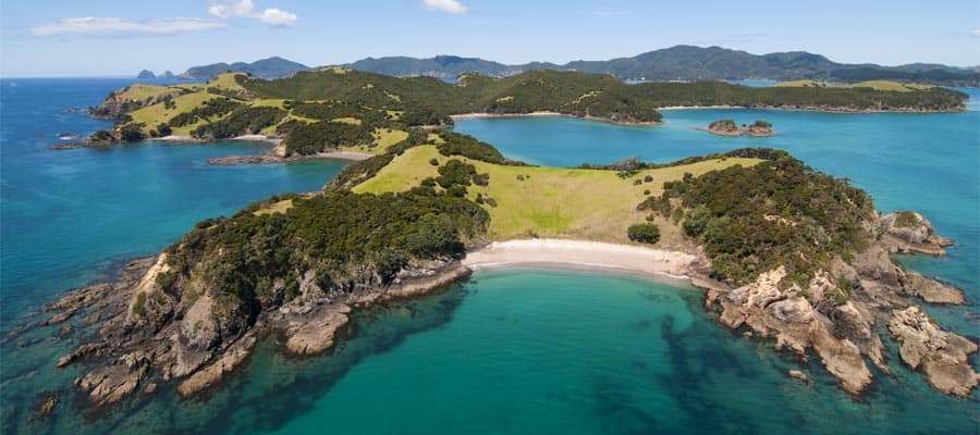 Vista aérea de la isla Urapukapuka en cruceros a la Bahía de las Islas