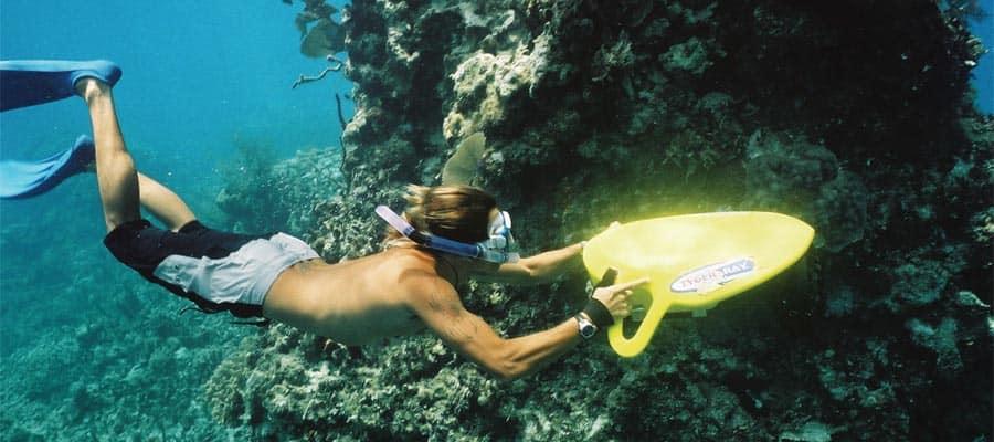 Buceo de superficie con equipo a motor en tu crucero por el Caribe
