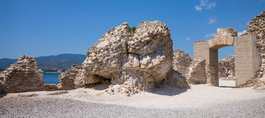 Viaja en crucero a Europa y visita las ruinas de Nora