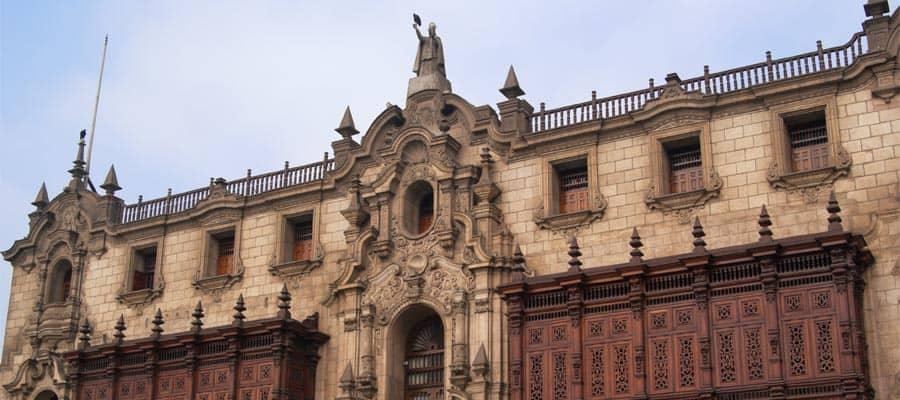 El Palacio del Arzobispado en tu crucero a Lima