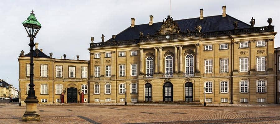 Encuentra a la familia real danesa durante tu crucero a Copenhague