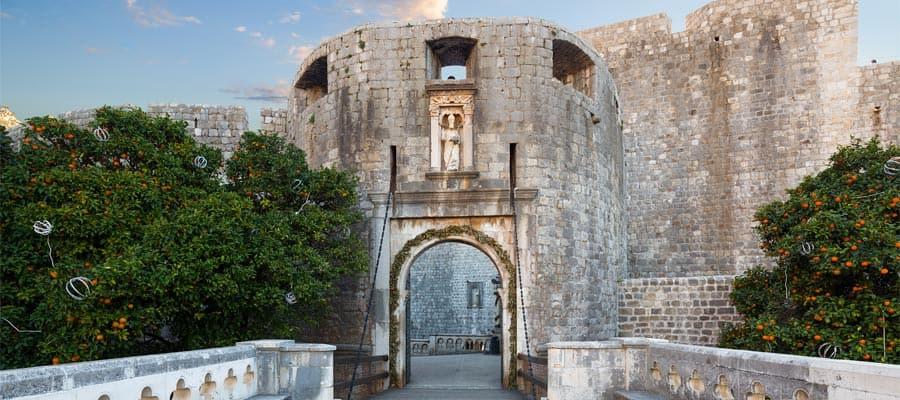 Puerta Pile en Dubrovnik, Croacia