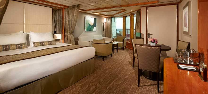Penthouse de lujo orientado a proa con balcón grande