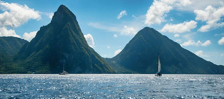 Relájate en Santa Lucía durante uno de nuestros cruceros por el Caribe