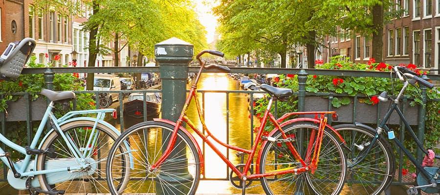 Disfruta de la pintoresca Ámsterdamen un crucero por Europa