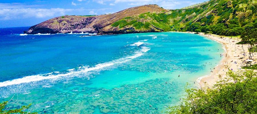 Disfruta de hermosas aguas a bordo de un crucero en Hawái