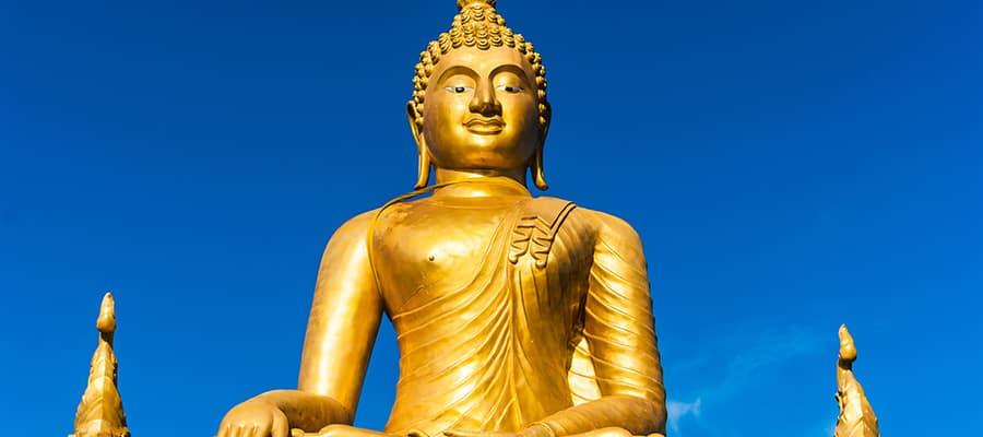 Buda dorado en tu crucero a Phuket