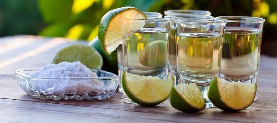 Tequila dorado en Huatulco
