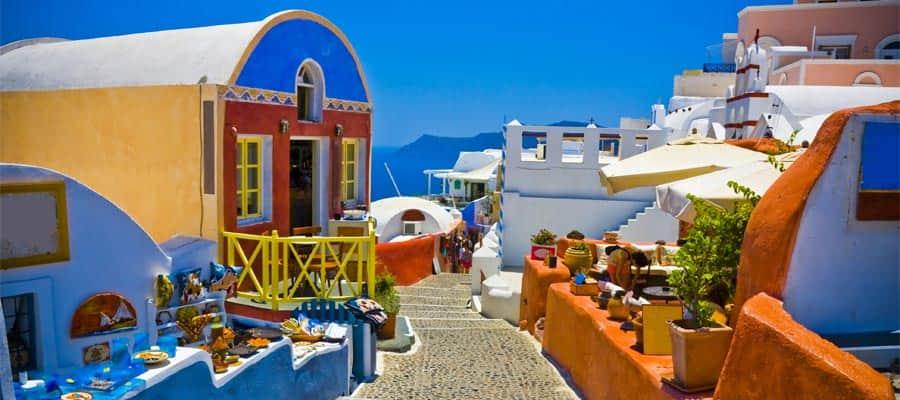 Todas las calles de Santorini son coloridas
