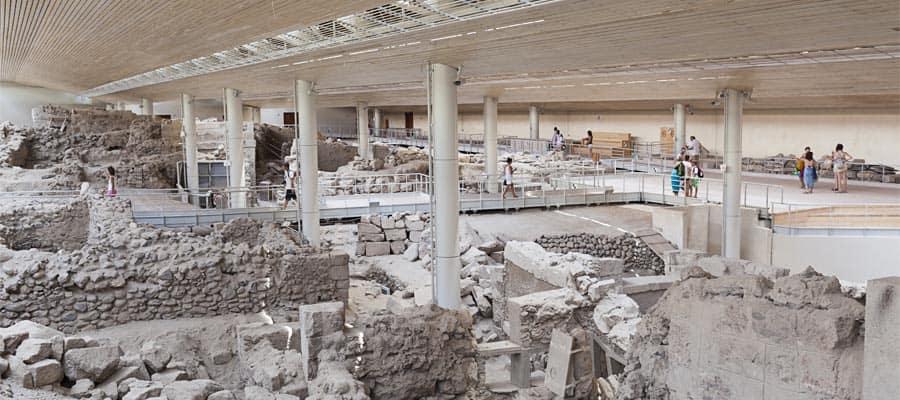 Akrotiri, lugar de excavación del asentamiento de la civilización minoica en la Edad de Bronce