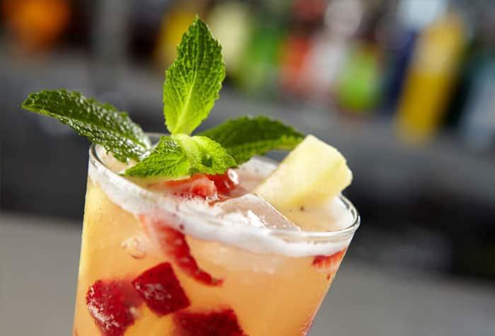 15 bares y salones para beber donde quieras