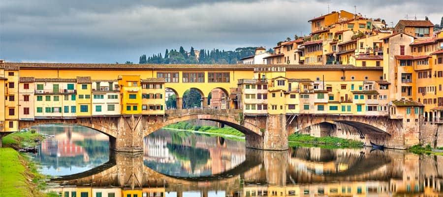 Ponte Vecchio sobre el río Arno en tu crucero por Europa