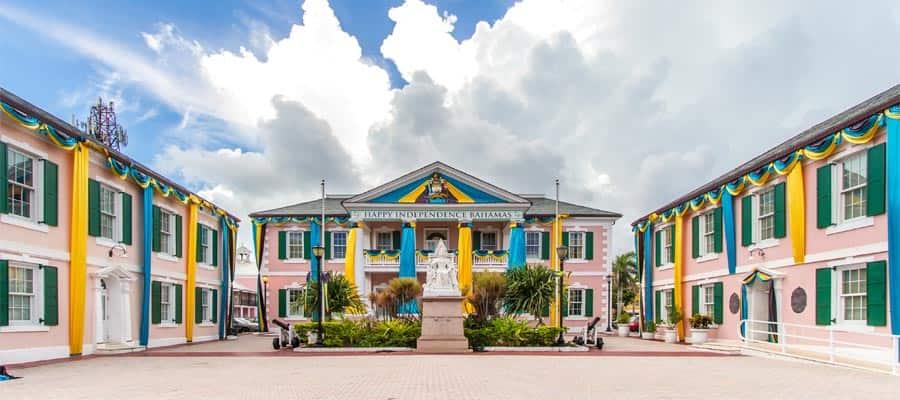 Visita la Plaza del Parlamento en tu crucero a Nasáu