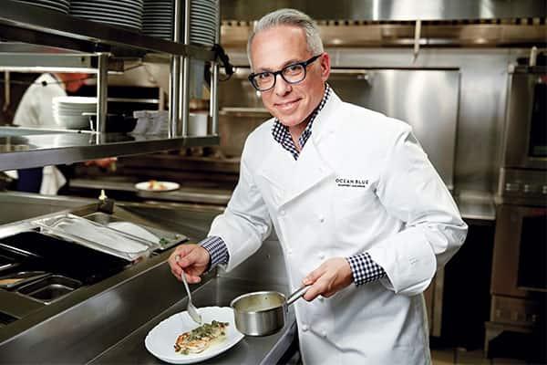 Una mirada desde adentro al trabajo del famoso chef de Norwegian Cruise Line, Geoffrey Zakarian