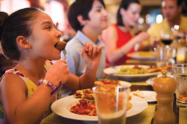 5 Must Try Family Food Experiences on Norwegian Escape