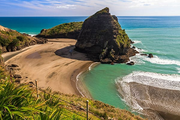 Relájate en Piha Beach en Auckland
