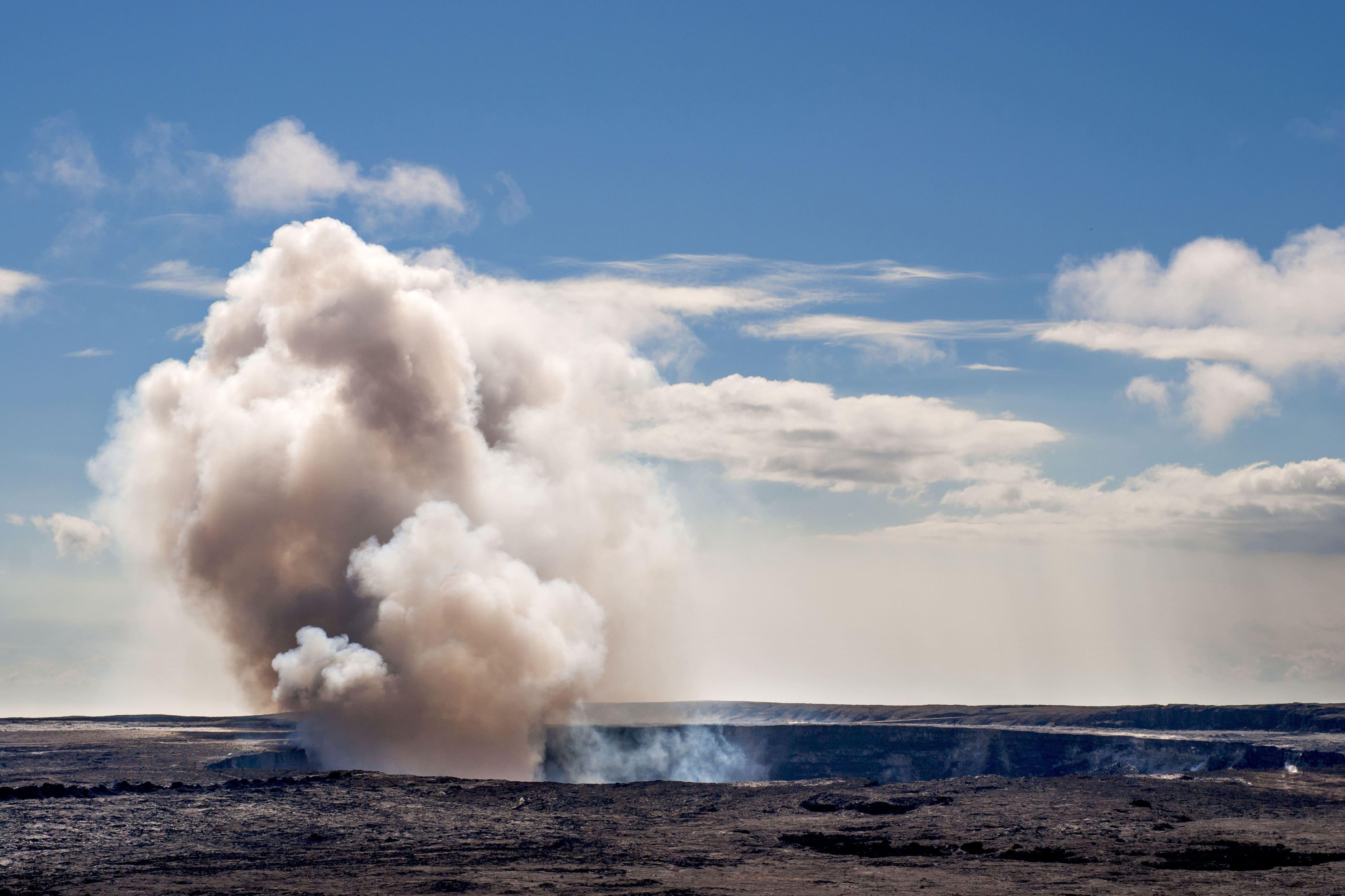 Maravíllate con los volcanes en Hawái