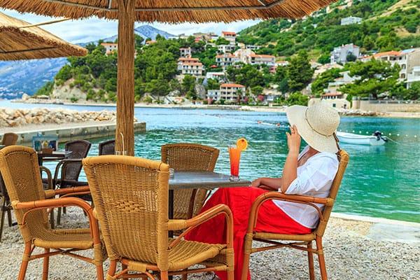 Bebidas mediterráneas que tienes que probar en tu crucero