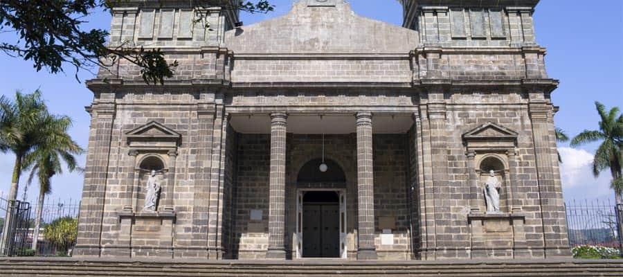 Iglesia de Palmares en tu crucero por el Canal de Panamá