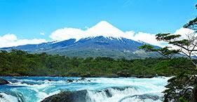 Saltos, lagos y volcán: lo mejor de la naturaleza