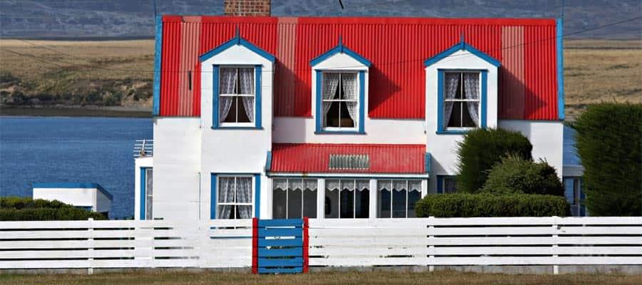 Crucero para ver las casas pintorescas de las Islas Falkland (Malvinas)
