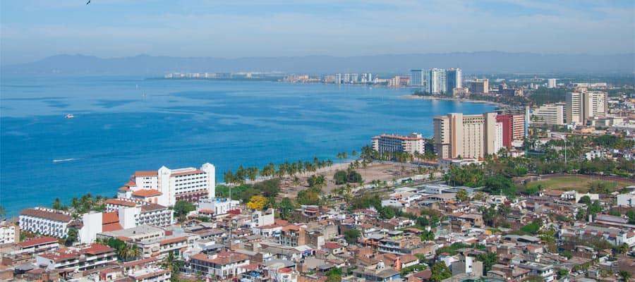 Visita el hermoso Puerto Vallarta en tu crucero a México