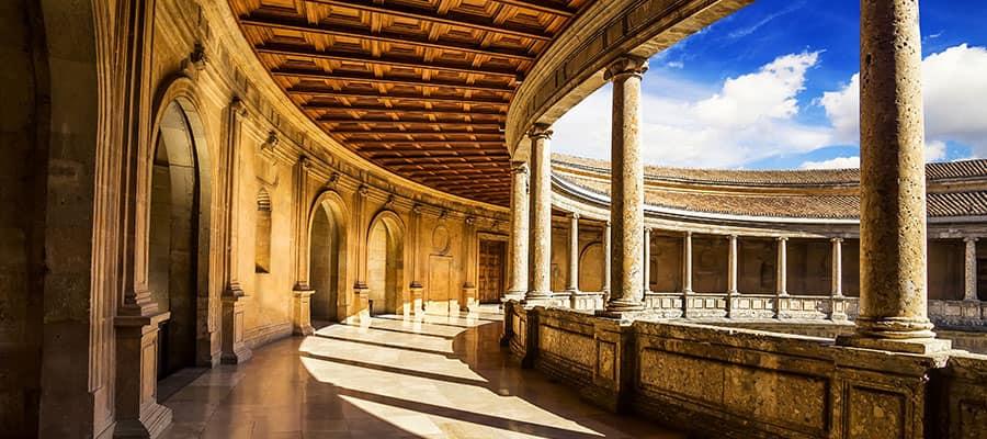 Visita la Alhambra en tu crucero por Europa