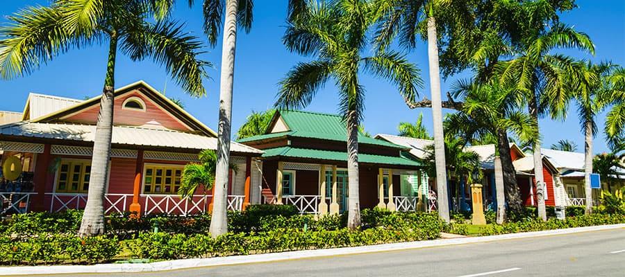 Casas coloridas durante tu crucero por el Caribe