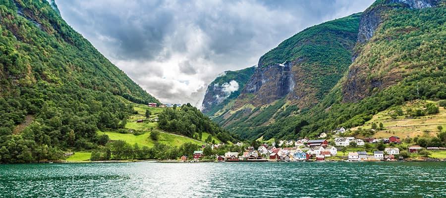 Muelle del casco antiguo en tu crucero a Bergen