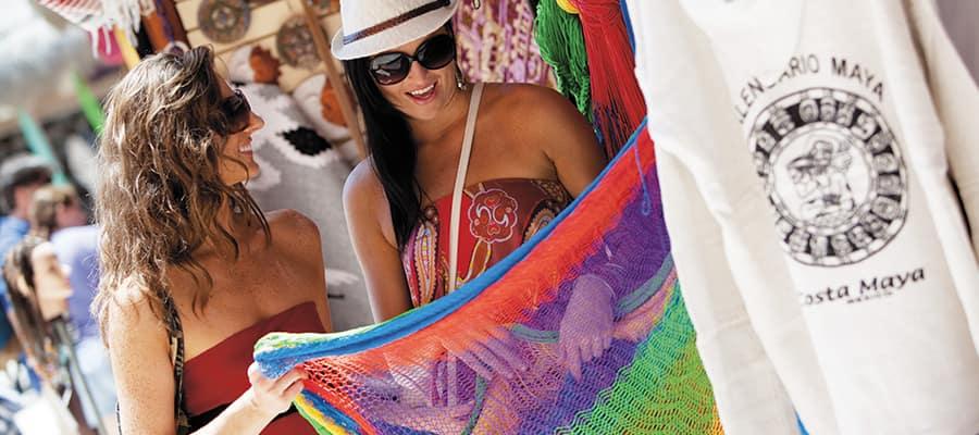 Sal de compras en Costa Maya en tu crucero por el Caribe