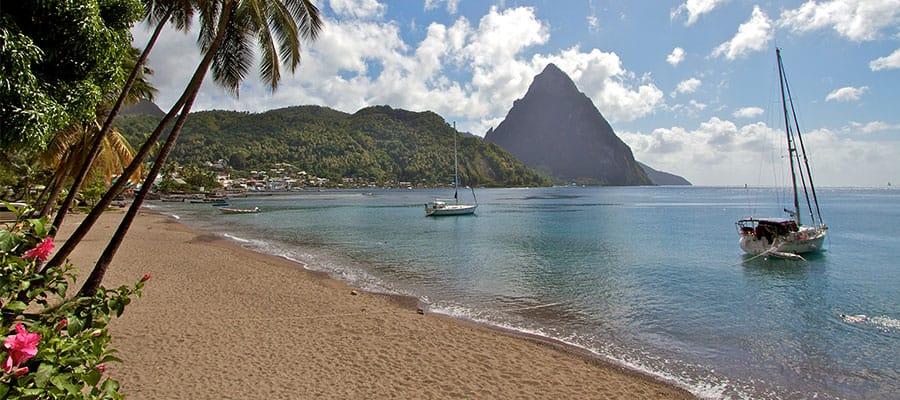 Playas hermosas en tu crucero a Santa Lucía