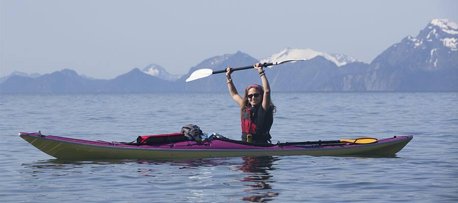 Navega en kayak durante tu próximo crucero por Alaska