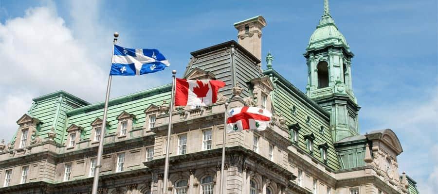 Ayuntamiento histórico en Montreal en tu crucero a Canadá