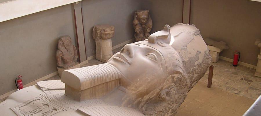 Ramsés II en un crucero a Safaga