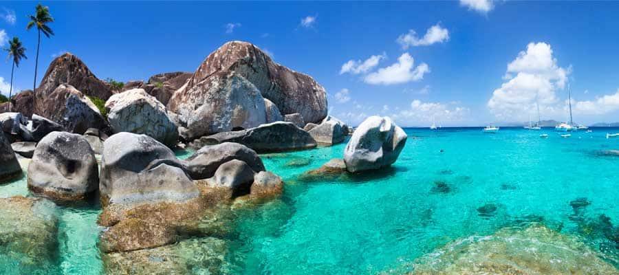 Elige nuestros cruceros por el Caribe para relajarte en una playa de Tórtola
