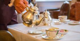 Merienda-cena en la mansión Pendray y atractivos de Victoria