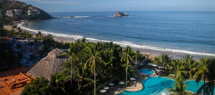 Playa de Ixtapa en tu crucero por la Riviera Mexicana