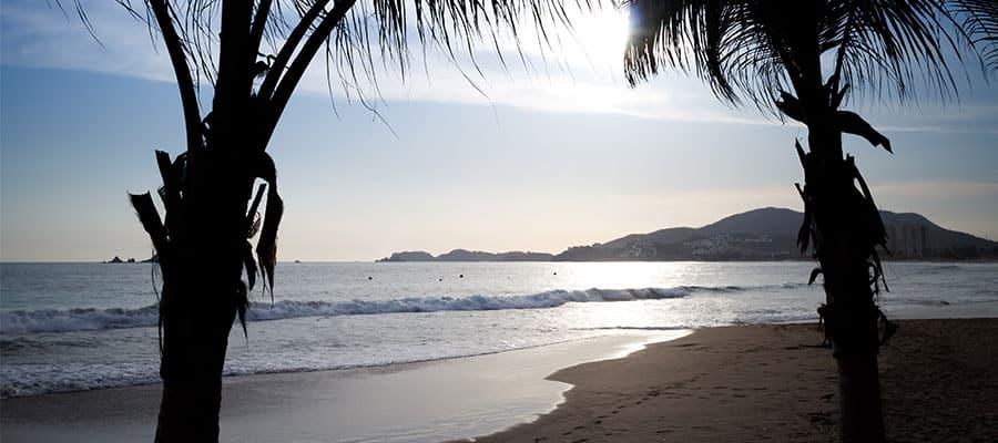Playas hermosas en un crucero por la Riviera Mexicana