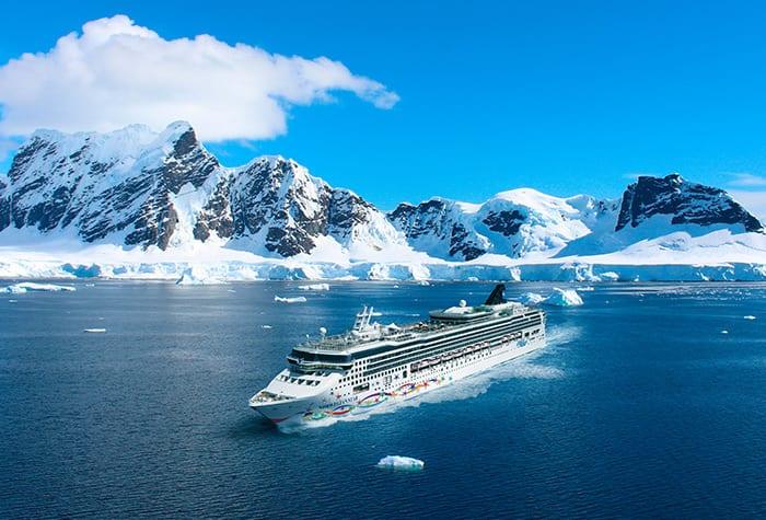 Disfruta de vacaciones sin igual en la Antártida