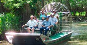 Aventura en hidrodeslizador y jungla de caimanes