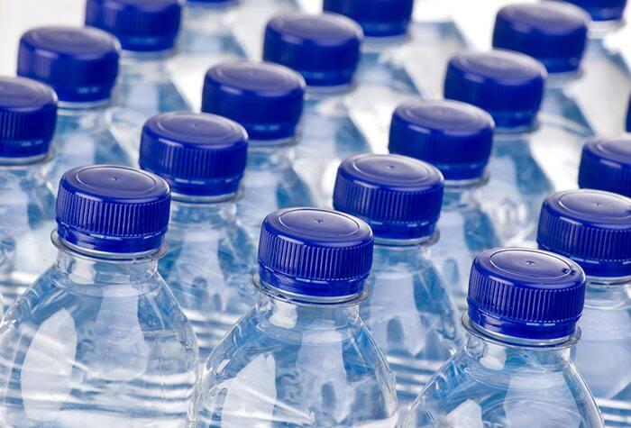 Paquetes de botellas de agua