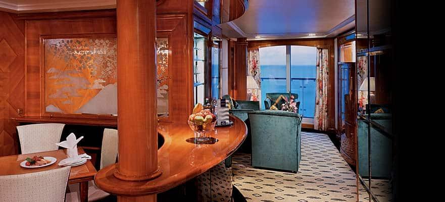 Owner's Suite en la popa con habitación principal y balcón
